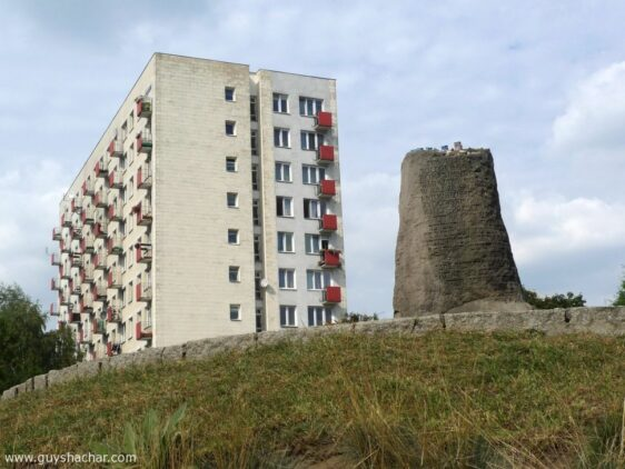 Feeling/Filling Void – Former Warsaw Ghetto Architecture Project – Phase One
